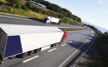Will platoon technology really lower truck accidents?