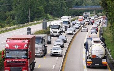 These Dangerous Maneuvers Increase the Risk of Trucking Accidents